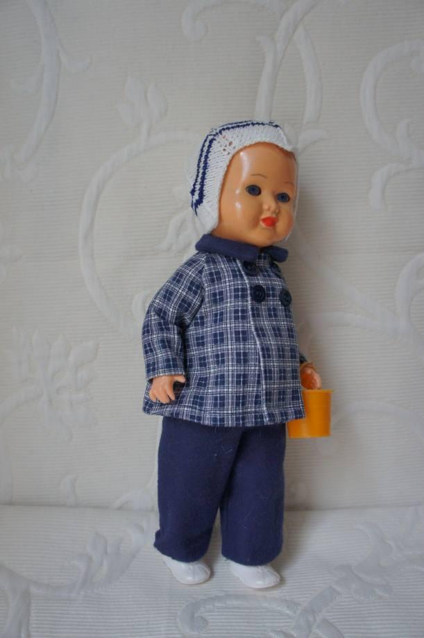 Одежда для прогулок у наших винтажных кукол