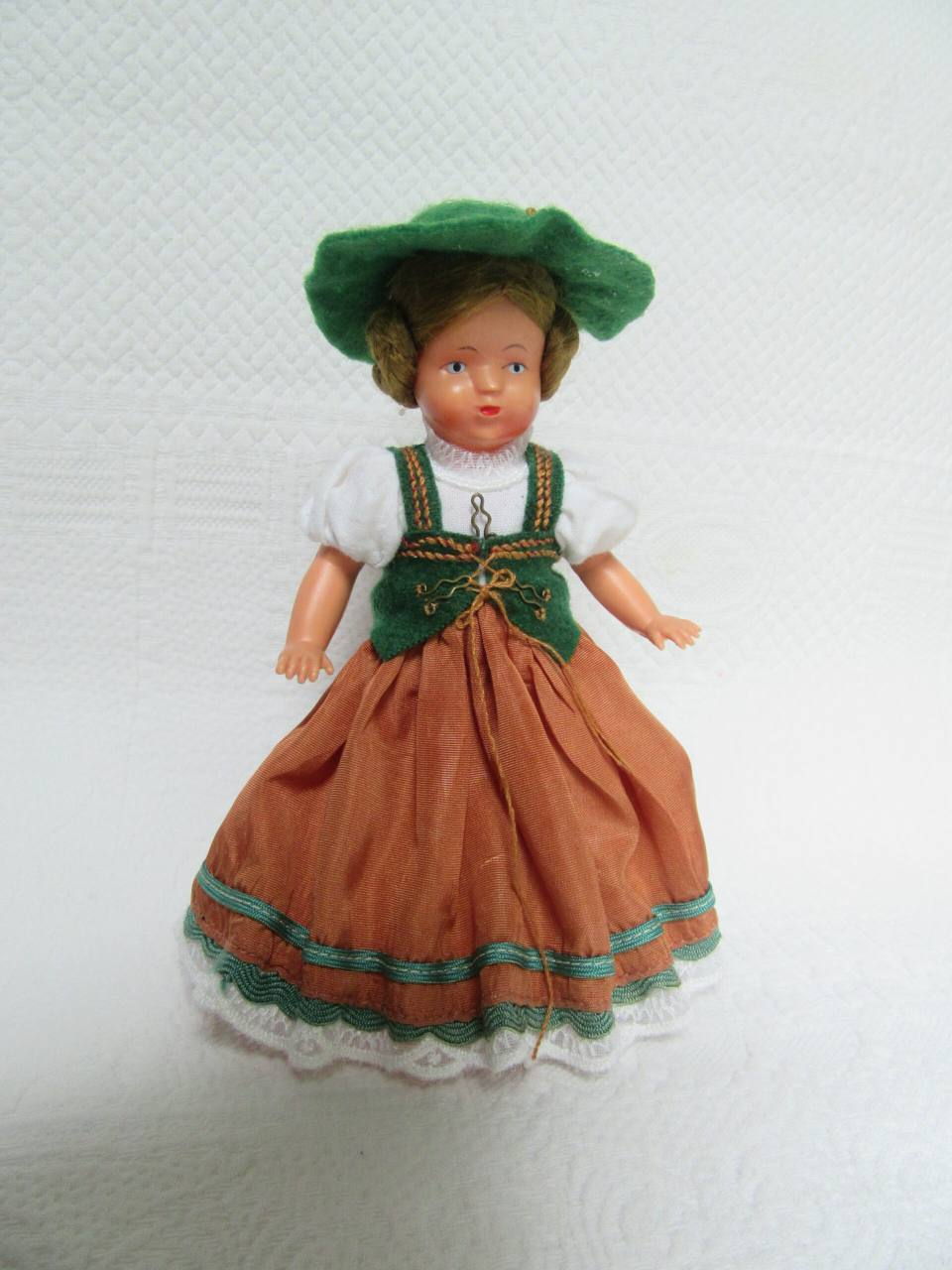Мастерская Мимидол.  Ручной пошив винтажной одежды для кукол и ремонт кукол. Блог Красновой Натальи. IMG_0373-scaled