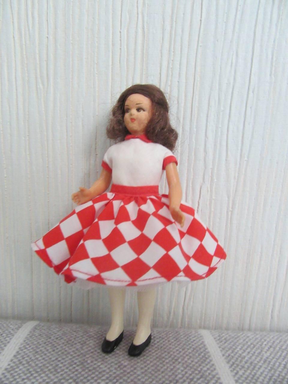 Мастерская Мимидол.  Ручной пошив винтажной одежды для кукол и ремонт кукол. Блог Красновой Натальи. IMG_2783-scaled